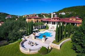 14 Crescent Park, San Antonio, TX 78257      Price:  $5.9 million   Size:  10,163 square feet/1.13 acres lot