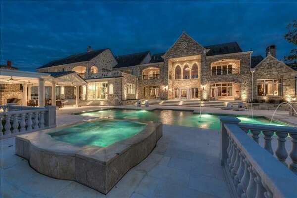 8106 Chalk Knoll Dr, Austin, TX 78735      Price:   $10.75 million   Size:  13,686 square feet/3.89 acres lot