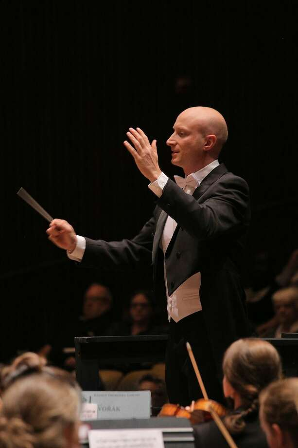 Paul Schrage, who studied under George Cleve, will conduct Mozart's Violin Concerto No. 3. Photo: Bill Hocker