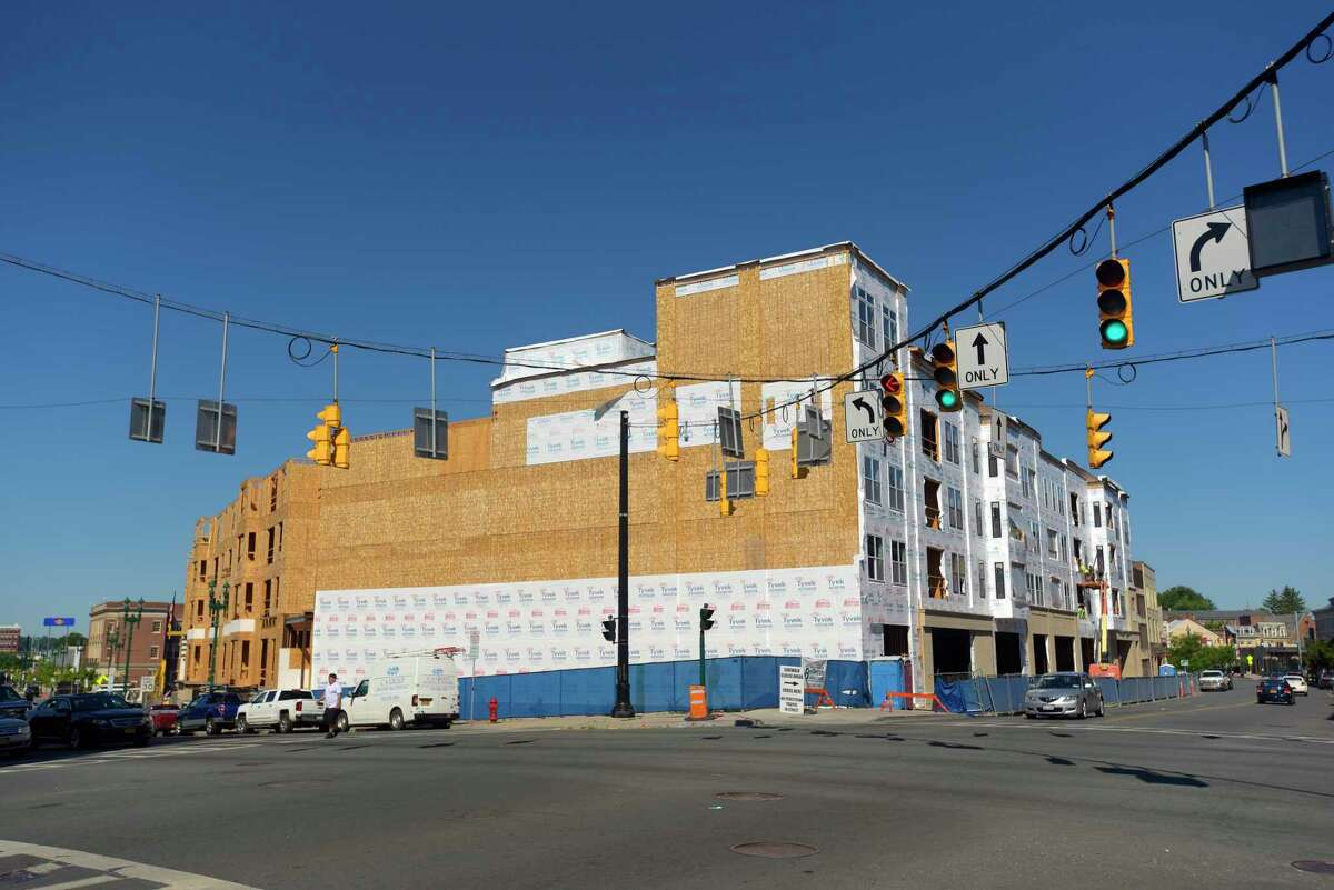 Construction work continues on the Electric City Apartments on State Street on Monday, July 9, 2018, in Schenectady, N.Y. (Paul Buckowski/Times Union)