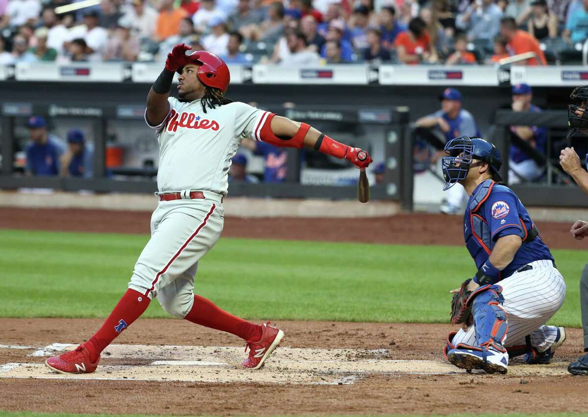 NEW YORK, NY - JULY 10: Maikel Franco #7 of the Philadelphia Phillies hits a three run home run against nm47 in the second inning during their game at Citi Field on July 10, 2018 in New York City. (Photo by Al Bello/Getty Images)