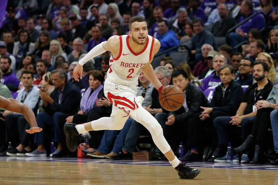 SACRAMENTO, CA - APRIL 11: RJ Hunter #2 of the Houston Rockets dribbles the ball up court against the Sacramento Kings at Golden 1 Center on April 11, 2018 in Sacramento, California. NOTE TO USER: User expressly acknowledges and agrees that, by downloading and or using this photograph, User is consenting to the terms and conditions of the Getty Images License Agreement. (Photo by Lachlan Cunningham/Getty Images) Photo: Getty Images, Contributor / Getty Images / 2018 Lachlan Cunningham