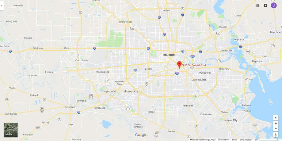 FILE - A screenshot of a Google Maps image of the 5800 block of Old Spanish Trail in Houston, Texas. Wednesday, HPD dispatched a dive team to the area following reports of a body in Brays Bayou. Photo: File/Google
