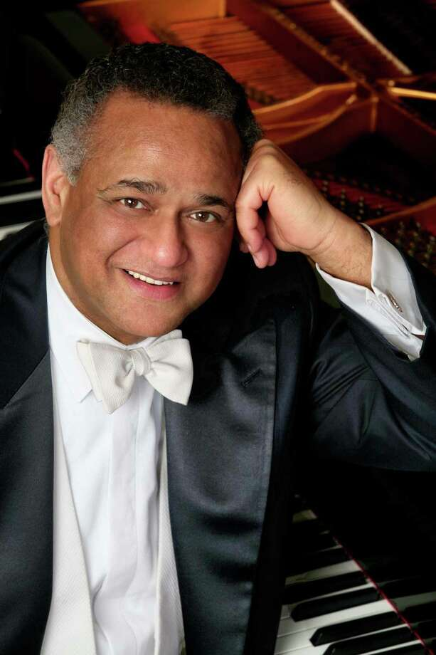 André Watts has appeared several times with the San Antonio Symphony since the 1970s, the last time in 2005. On Friday, he delivered another concerto to remember. Photo: Courtesy Photo / ONLINE_CHECK