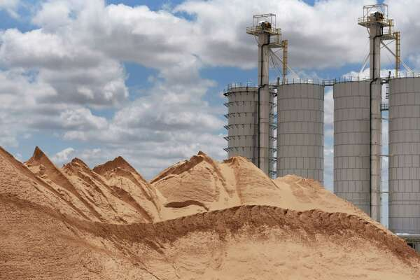 Worthless just two years ago, West Texas sand now brings in