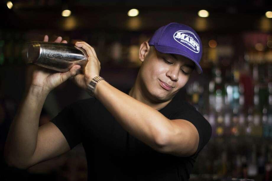 Bartender Nathan Reyes at Hamburger Mary's. Photo: Marie D. De Jesús, Staff / Houston Chronicle / © 2018 Houston Chronicle