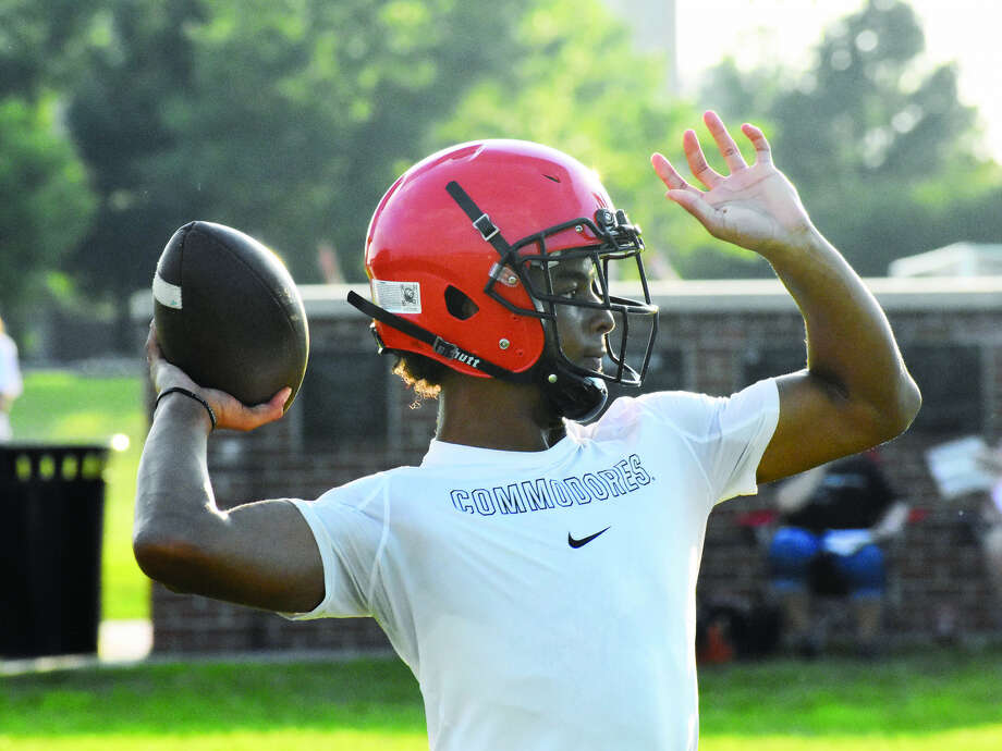 Edwardsville senior quarterback Kendall Abdur-Rahman throws a pass during a 7-on-7 scrimmage against Belleville Althoff on Monday behind the high school. Photo: Matthew Kamp