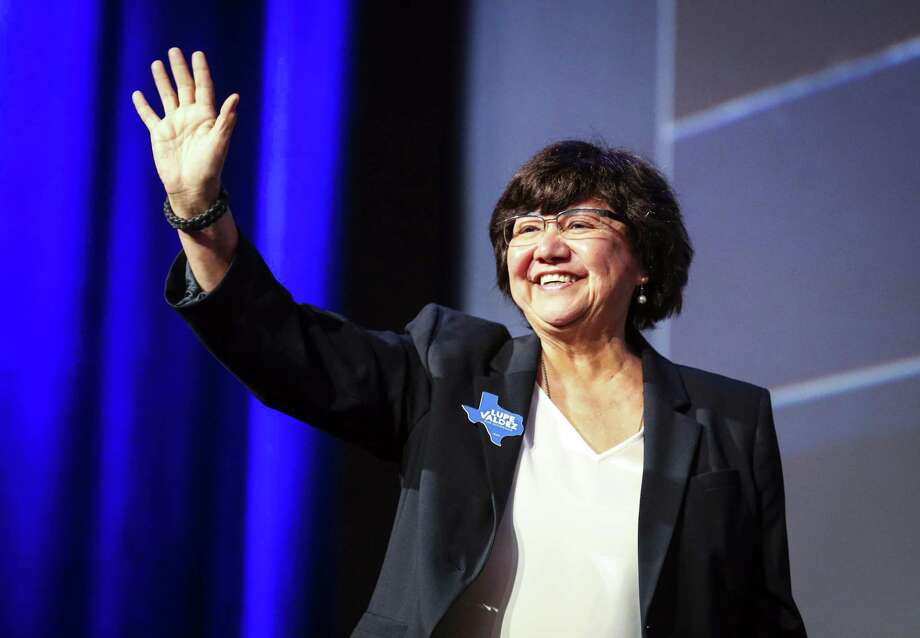 Texas gubernatorial candidate Lupe Valdez waves as she takes the stage during the general session at the Texas Democratic Convention Friday, June 22, 2018, in Fort Worth, Texas. Photo: Richard W. Rodriguez, FRE / Associated Press / FR170526 AP