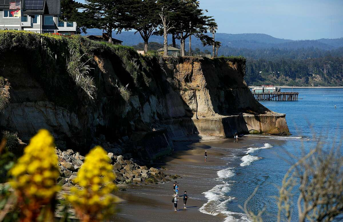 Opal Cliffs, also known as Privates Beach, in Santa Cruz is photographed on Monday, May 7, 2018. The Coastal Commission is starting to use environmental justice as a reason to fight back on projects, gates, and developments along California's 1,100 mile coastline. (Christina House/Los Angeles Times/TNS)