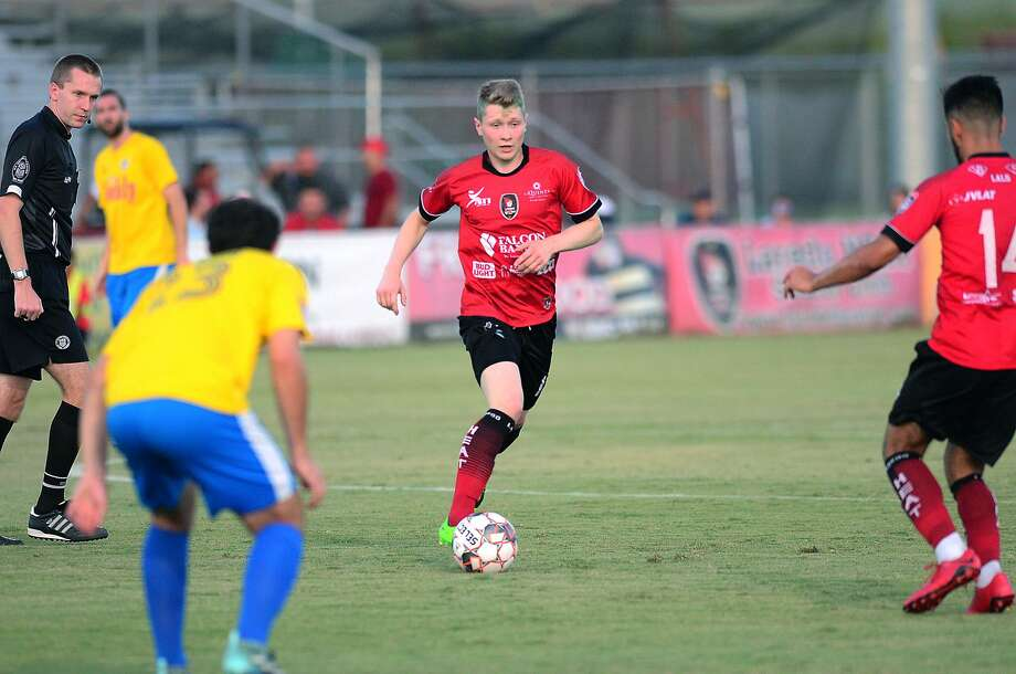 Tor Trosten and the Laredo Heat rallied from a 1-0 deficit in the second half Wednesday to beat the Fort Worth Vaqueros 3-1 and advance to the Lone Star Conference finals. Photo: Cuate Santos /Laredo Morning Times / Laredo Morning Times