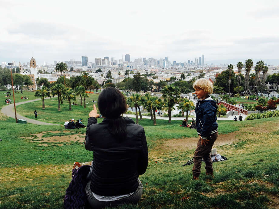 Looking at data from the U.S. Census Bureau, RentCafe found the number of San Francisco families with children who own their homes has dropped dramatically, while an increasing number are renting. Photo: Tom Shower / EyeEm/Getty Images/EyeEm Premium / This content is subject to copyright.
