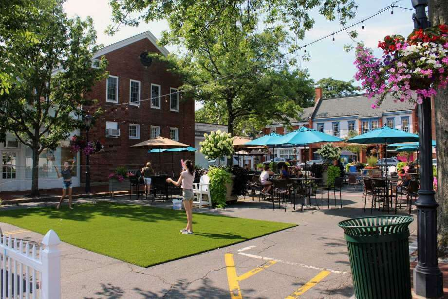 The Pop-Up Park in downtown New Canaan on July 31, 2017. Photo: Humberto J. Rocha / Hearst Connecticut Media / New Canaan News