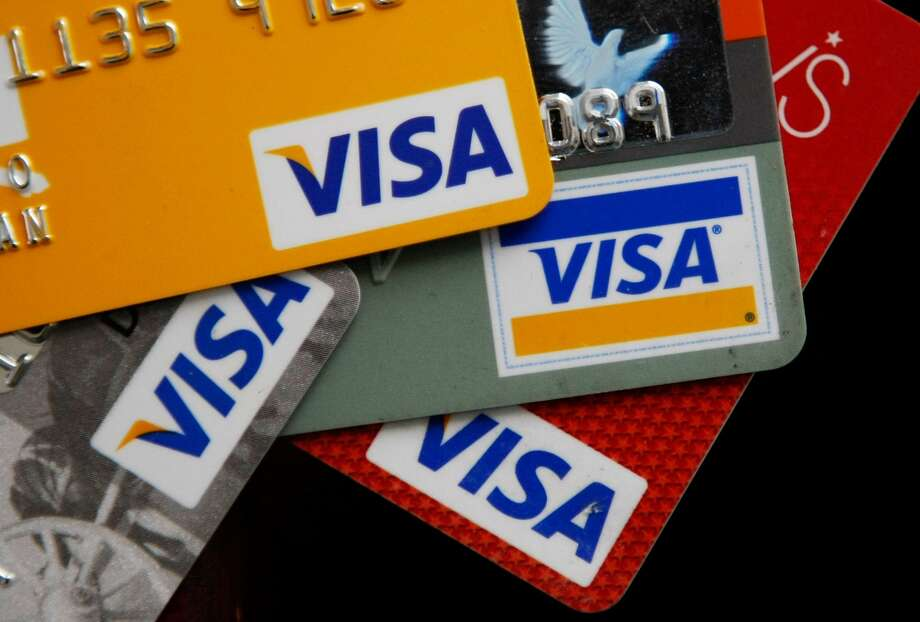 PHOTOS: Don't get scammed A credit card scammer posing as a captain from the Montgomery County Sheriff's Office is targeting the area. Officials said in the post the scammer is threatening residents by saying they will be arrested for outstanding warrants if they do not provide payment over the phone. >>>Keep clicking to see where most card skimmers have been found in Houston... Photo: Justin Sullivan/Getty Images
