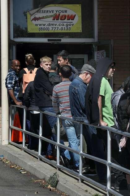 Editorial: California lawmakers flunk a DMV test