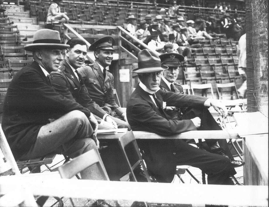 Baseball Commissioner Kenesaw Mountain Landis (foreground, right) joins guests at a Detroit-Pittsburgh game in San Antonio in 1927. After that season, the San Antonio Knothole Gang was idle until the local Optimists took sponsorship of the youth group in 1931. Photo: UTSA Special Collections / San Antonio Light Collection
