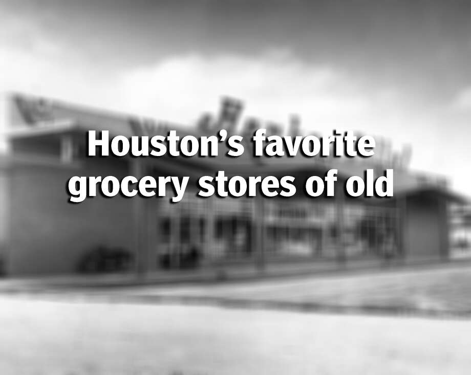 Check out what some of Houston's favorite grocery stores looked like from the 1960-1980s. Photo: Ed Valdez/Houston Chronicle