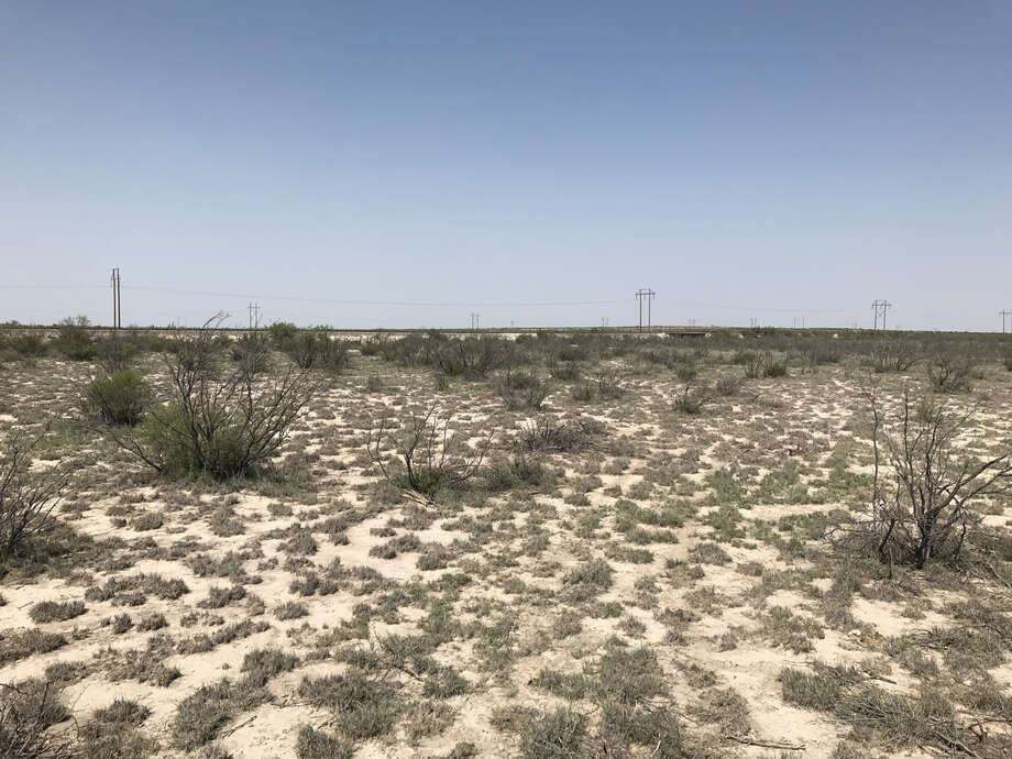 MMEX Resources, which is developing the proposed two-phase project near Fort Stockton, has released information that includes the project's status, timeline, financial projects and proposed financing.  Photo: Photo Courtesy MMEX Resources