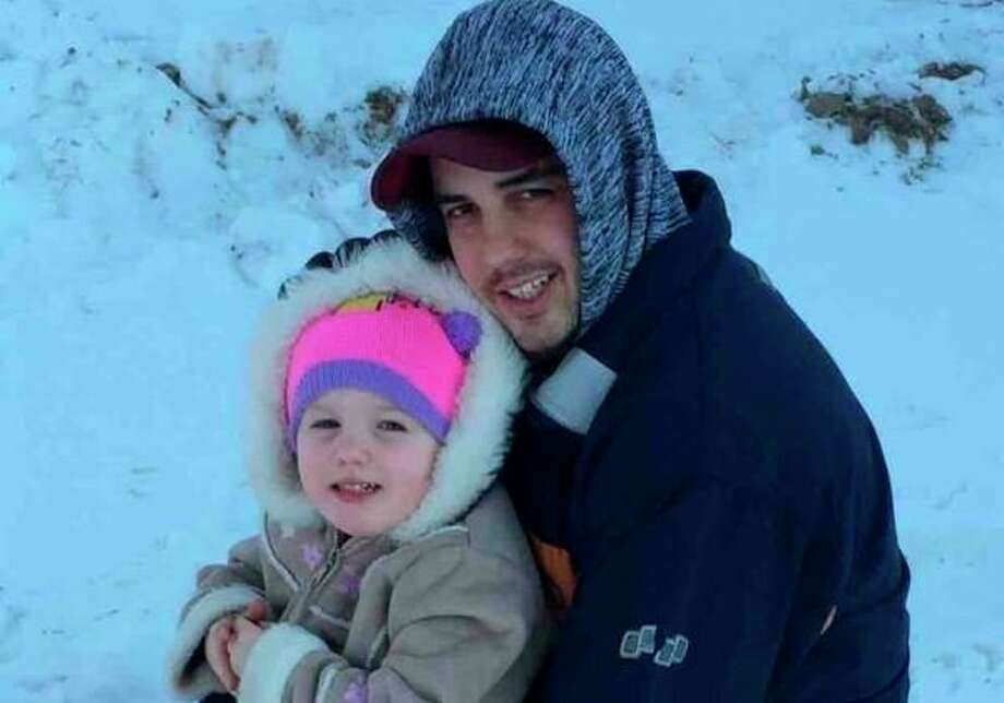A photo of Jess Walle and his daughter, Mayson, accompany a Go Fund Me page raising money after his death.