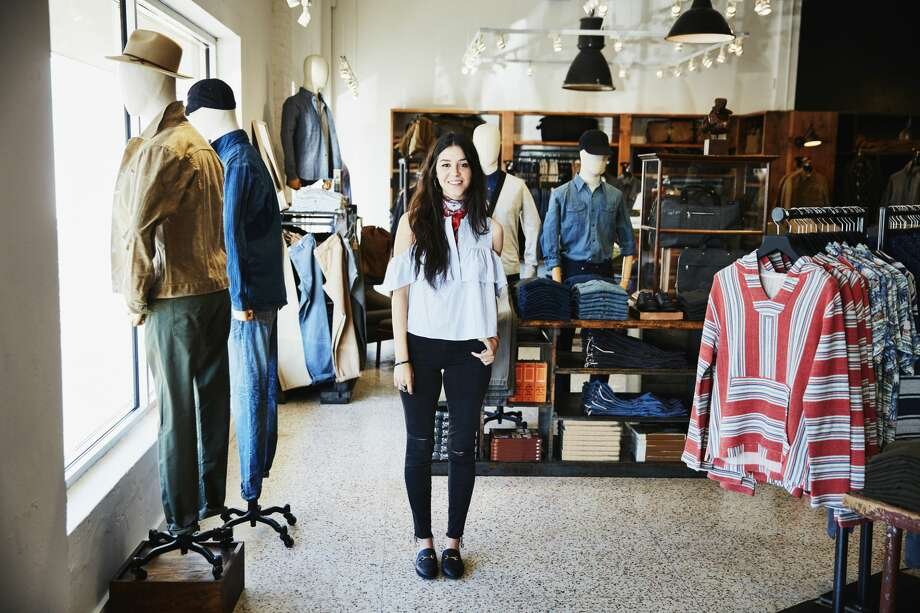 A retail employee has a crush on his female boss. Photo: Thomas Barwick/Getty Images