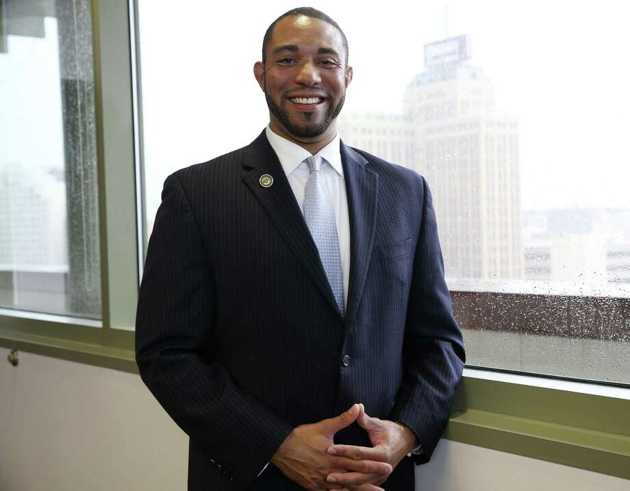 When he took office in 2015, Calvert became the first black member of the Bexar County Commissioners Court. Photo: JERRY LARA /San Antonio Express-News / San Antonio Express-News