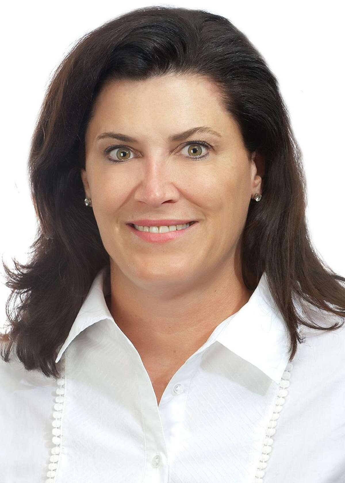 Elizabeth Bunk has been promoted to partner-in-charge of private client services for the south Texas region at Weaver.