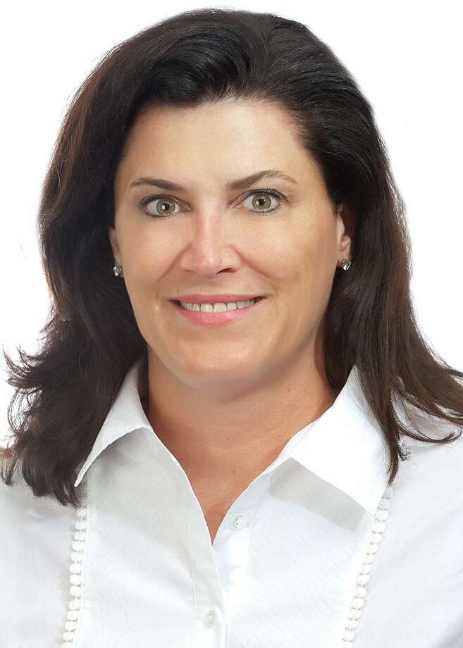 Elizabeth Bunk has been promoted to partner-in-charge of private client services  for the south Texas region at Weaver. Photo: Weaver