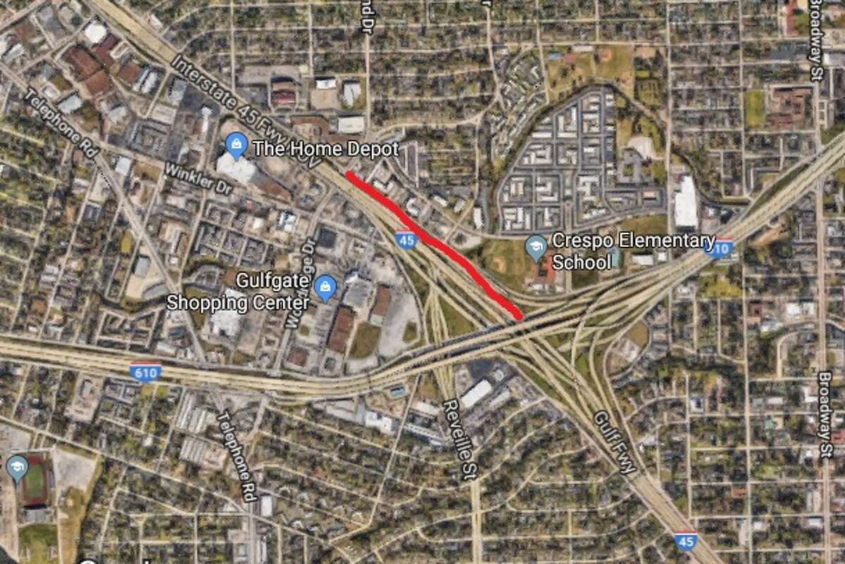 The Gulf Freeway northbound lanes from Loop 610 to Woodridge will close overnight on Friday, July 13, 2018.