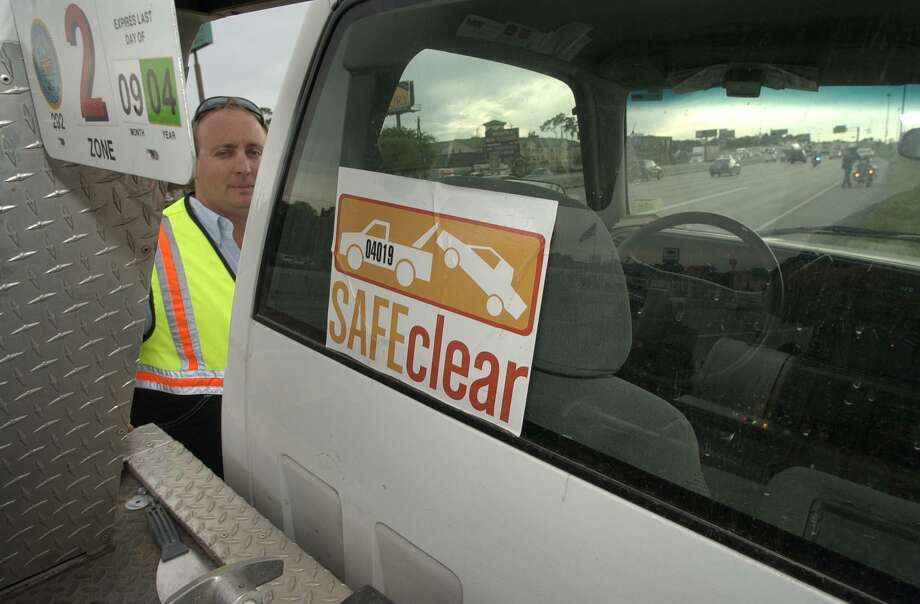 The city of Humble approved a motion to join the Safe Clear tow program created by the city of Houston in 2004. Photo: Ben DeSoto, Staff / Houston Chronicle / Houston Chronicle