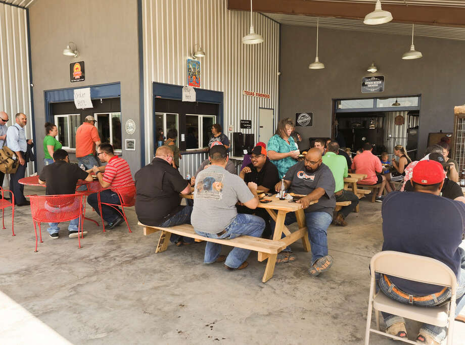 Junior Urias' Up in Smoke BBQ and Co. opened July 13 in Midland. Photo: Tim Fischer/MRT