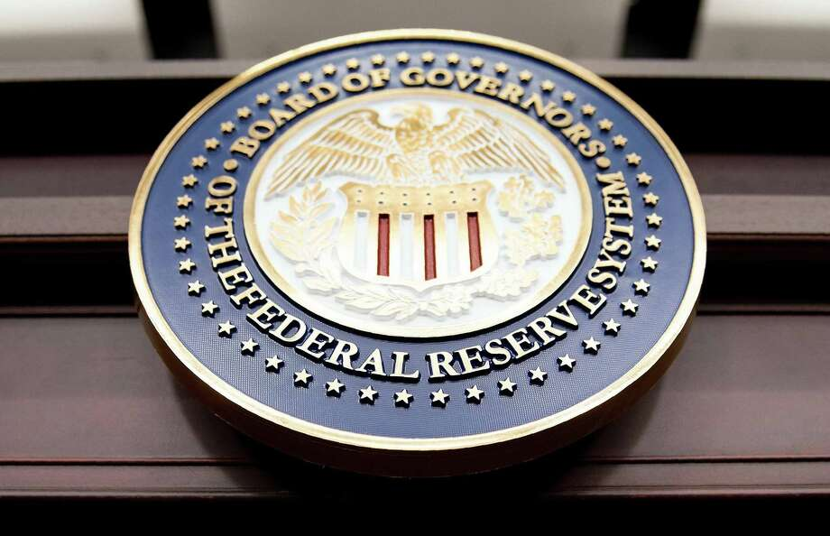 Fed Sees Further Gradual Rate Hikes With Economy Close to Goals
