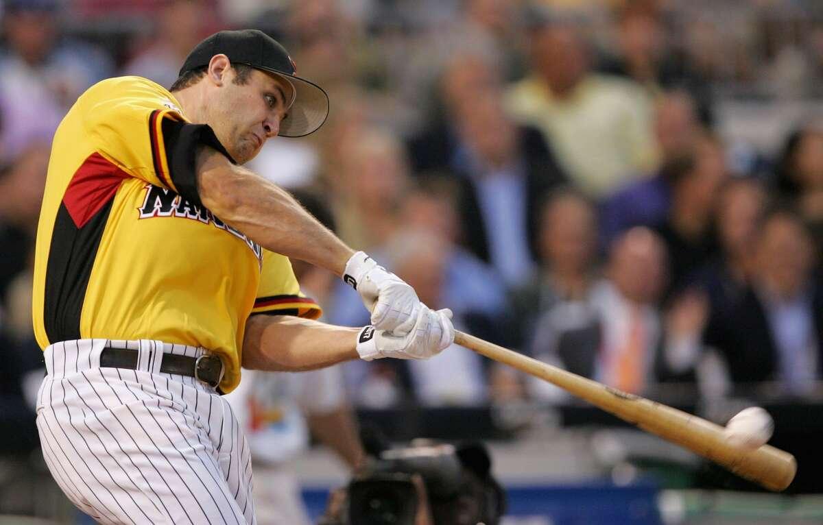 2006: Lance Berkman Winner: Ryan Howard (PNC Park, Pittsburgh) Berkman hit three home runs in the first round and was eliminated.