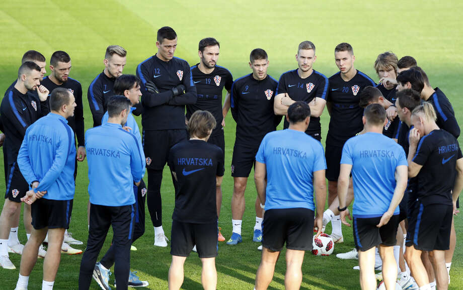 Croatia players listen to their coach Zlatko Dalic during a training session of Croatian national team at the 2018 soccer World Cup in Moscow, Russia, Friday, July 13, 2018. Photo: Darko Bandic|Associated Press