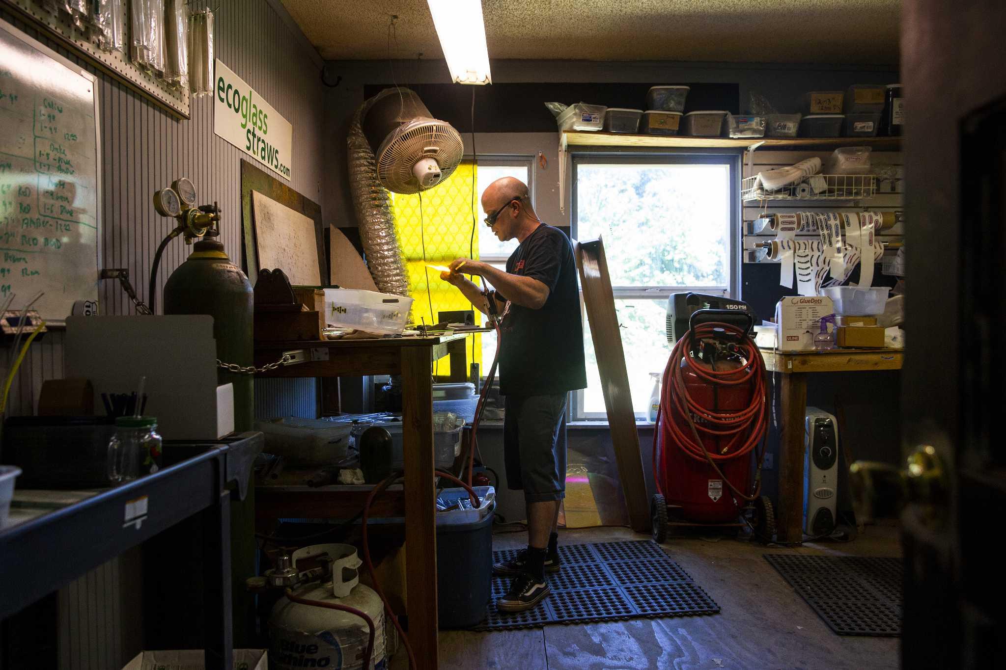 Now that plastic's passe, tiny Oregon shop is building the