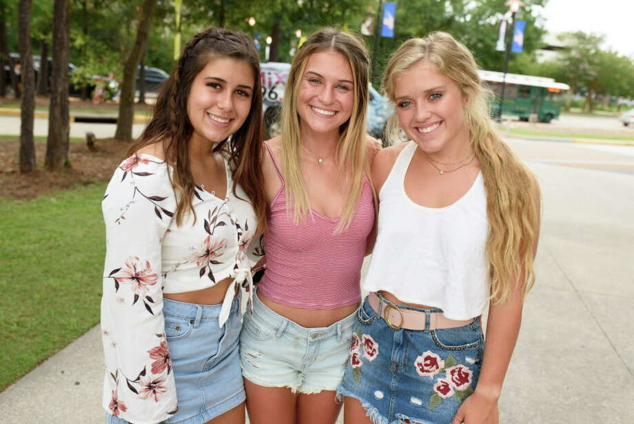 Fans of Paramore at Cynthia Woods Mitchell Pavilion on Friday, July 13, 2018 Photo: Jamaal Ellis, For The Houston Chronicle / 2018