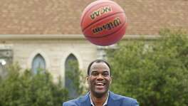 David Robinson goes thru passing drill with David Channon.  In partnership with the NCAA®, Dove Men+Care will help open Legacy Park at Higgs Carter King Gifted and Talented Academy. The park, completed as part of the 2018 NCAA Final Four Legacy Project presented by Dove Men+Care, is the 21st school park in the San Antonio Sports School Park program. After the dedication, Robinson will help host a basketball skills clinic with Positive Coaching Alliance. David Robinson/Dan Gavitt, NCAA Senior Vice President of Basketball/Roberto Treviño, District 1 City Councilmanon Tuesday , March 27 ,2018