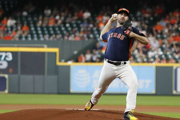 Houston Astros starting pitcher Justin Verlander (35) pitches during the first inning of an MLB game at Minute Maid Park, Sunday, July 15, 2018, in Houston. ( Karen Warren / Houston Chronicle )