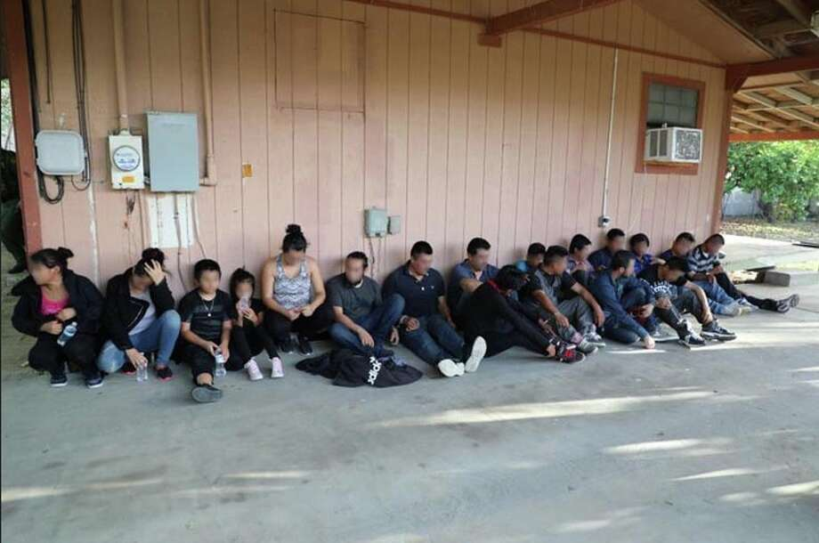 Eighteen undocumented immigrants were found living in a stash house on Thursday in south Laredo. Photo: Courtesy