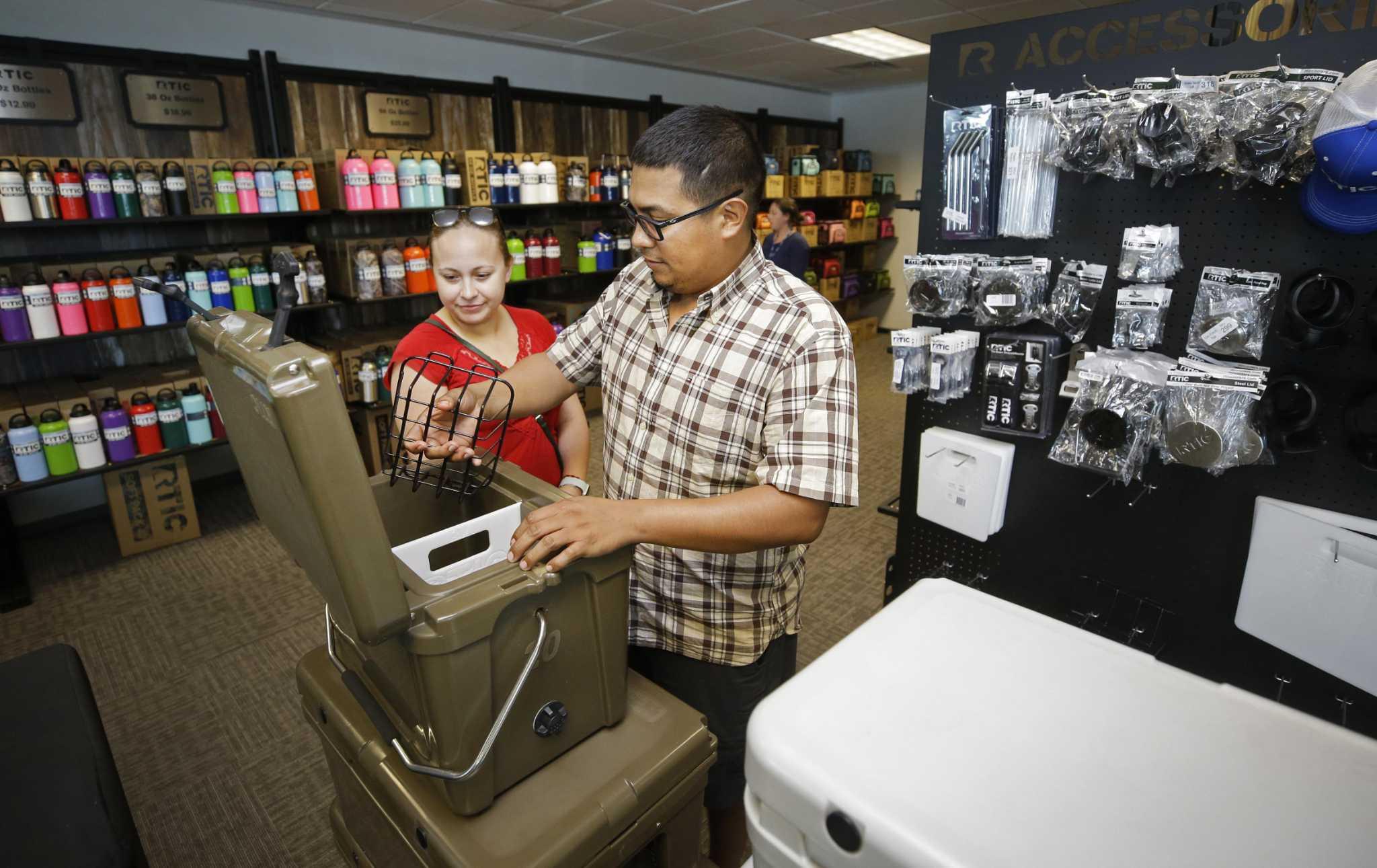 Debit is Preferred in U.S. in Stores, but Not Online