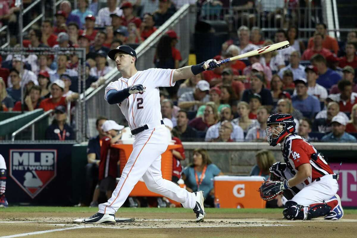 2018: Alex Bregman Winner: Bryce Harper (Nationals Park, Washington, D.C.) Bregman went head-to-head with the Cubs' Kyle Schwarber in the first round. Bregman narrowlyl lost 16-15 with his last attempt banging off the wall about four feet short of what would have been a tying home run.