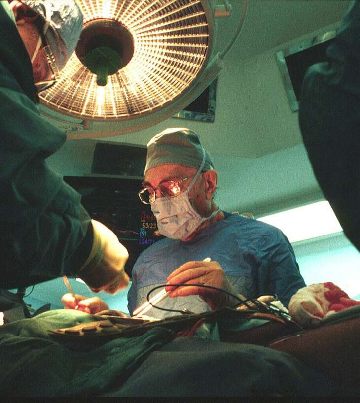 Under the leadership of cardiovascular surgery pioneers Michael E. DeBakey, M.D. and George P. Noon, M.D., the Fondren-Brown ORs were a place of discovery and innovation. Shown here is DeBakey in the ORs.