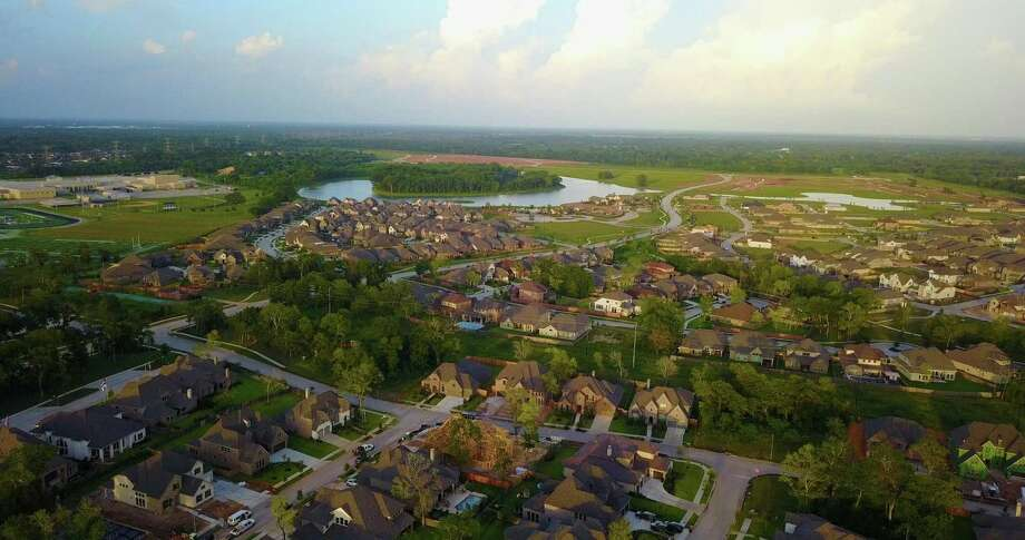 Sienna Plantation is the best-selling community in the Houston area and No. 2 in Texas, according to a recent report released by housing industry research Robert Charles Lesser & Co. (RCLCO). Photo: Sienna Plantation / Sienna Plantation