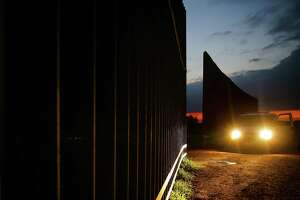 A Border Patrol van parks near an opening in the border fence Monday, Nov. 14, 2016 in Penitas. ( Michael Ciaglo / Houston Chronicle )