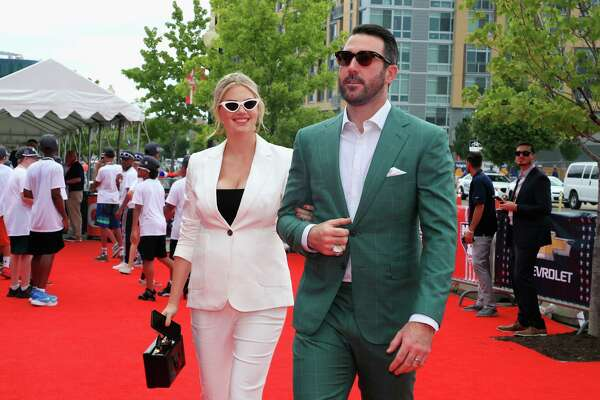 WASHINGTON, DC - JULY 17:  Justin Verlander #35 of the Houston Astros and the American League and wife Kate Upton attend the 89th MLB All-Star Game, presented by MasterCard red carpet at Nationals Park on July 17, 2018 in Washington, DC.