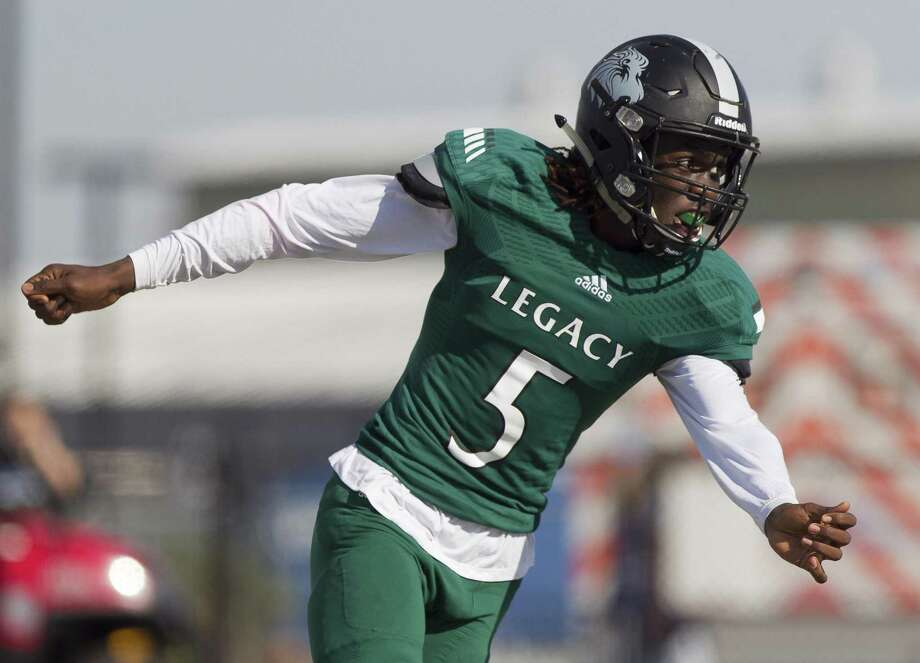 Jay Smith, who played last season at Legacy Prep after beginning high school at Conroe, will return to Conroe for his senior season. Photo: Jason Fochtman, Staff Photographer / Houston Chronicle / © 2017 Houston Chronicle