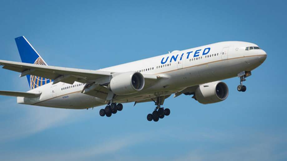 "United Airlines Flight 51<div class=""e3lan e3lan-in-post1""><script async src=""//pagead2.googlesyndication.com/pagead/js/adsbygoogle.js""></script>