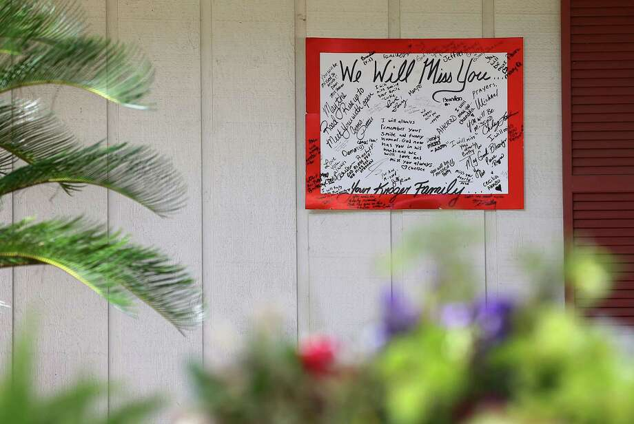 A message-filled sign is left in memory of Pamela Johnson at her home on the 12400 block of Bent Pine Drive Tuesday, July 17, 2018, in Houston. Johnson, 62, was found dead inside her home July 13. Jose Gilberto Rodriguez, 46, has been charged in her killing. Photo: Godofredo A. Vasquez, Houston Chronicle / Godofredo A. Vasquez
