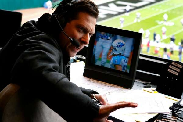Oakland Raiders radio play-by-play announcer Greg Papa prepares for the game against the New England Patriots in Oakland, Calif., on Sunday, Dec. 14, 2008.