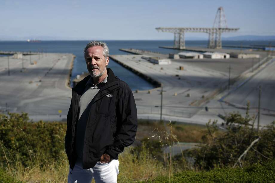 Bert Bowers stands near Overlook Park at the former Hunters Point Naval Shipyard, where he worked as the chief radiological safety officer for Tetra Tech, the main contractor hired to clean up contaminants at the former military facility in San Francisco. Bowers says he was fired for pointing out that the company was ignoring safety principles. Tetra Tech has said Bowers' allegations are false. Photo: Lea Suzuki / The Chronicle 2018