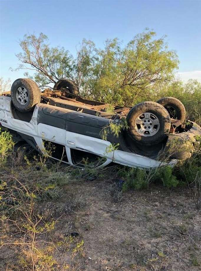 Border Patrol agents provided aid to a mother and her 4-month-old infant involved in rollover crash. Photo: Border Patrol