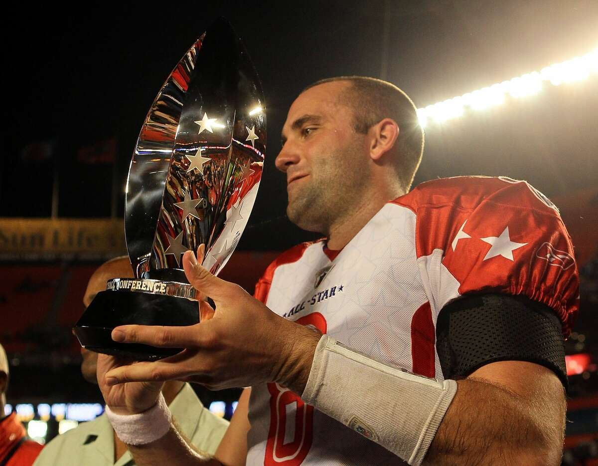 2010 NFL Pro Bowl MVP Matt Schaub, Texans Schaub finished with a perfect passer rating for the game (158.3) as he competed 13 of 17 passes for 189 yards and two touchdowns in the AFC's 41-34 win.